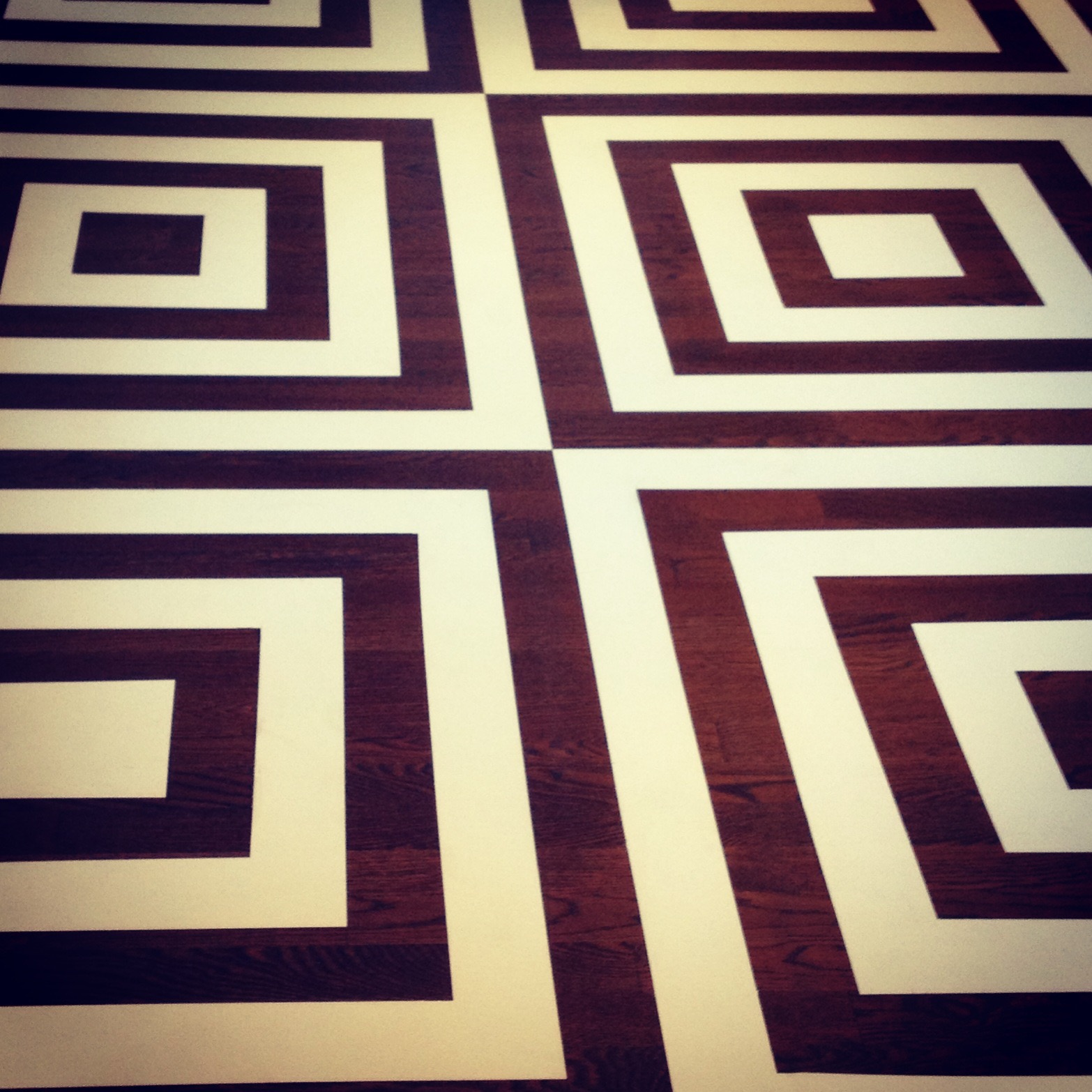 centre geometric floor