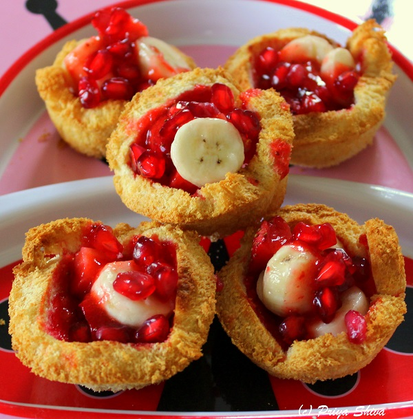 baked Bread jam fruit cup