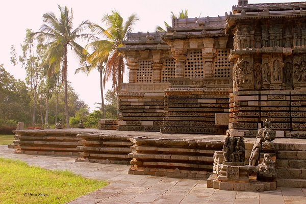 Kedareshwara temple picture
