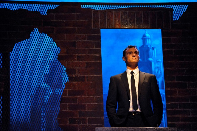 Marti Pellow as the Narrator in Blood Brothers