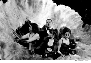 CHICAGO. John Partridge as 'Billy Flynn'. Photo by Catherine Ashmore