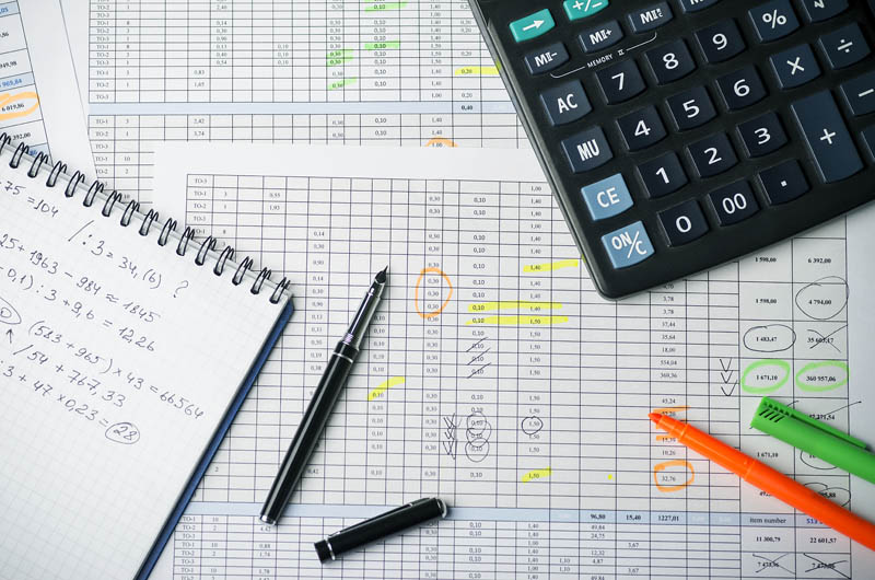San Diego Business Contracts: Using Cost-Adjustment Clauses to Reduce Risks