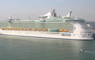 liberty of the seas drowned boy pool cruise ship accident