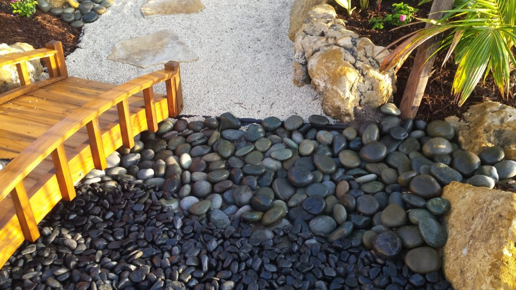 Mexican Beach Pebble Amp Black Polished Stone Universal