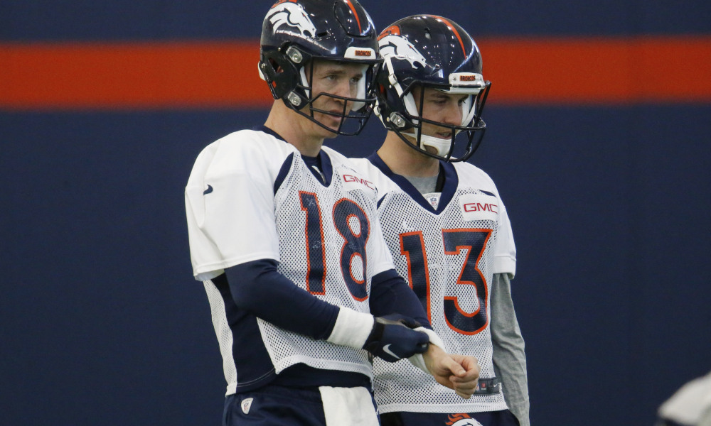 Is the Denver Bronco D-line telling Elwood how to run his offense?