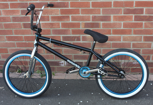 declan_Brooks_BMX_bike