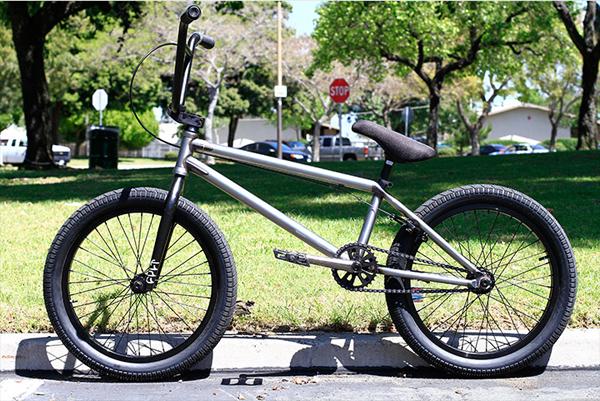 jordan-murdock-bike-check1_600x