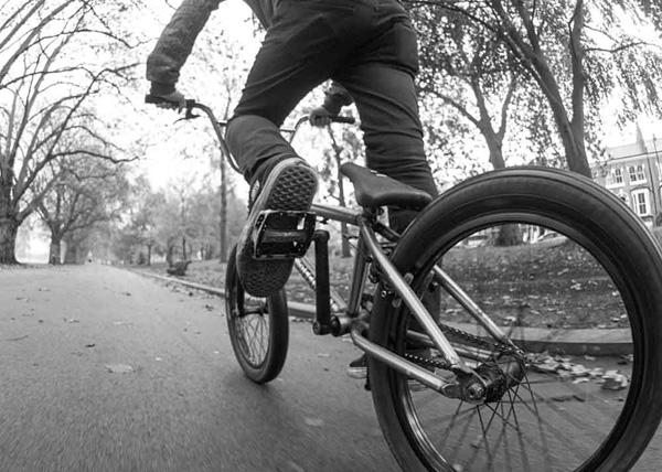 Julien-Hadley---Victoria-Park-London