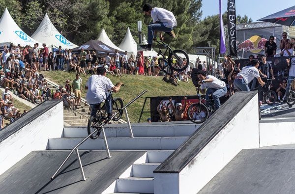 Pegs-to-Downwhip-Sequence-600x-bmx