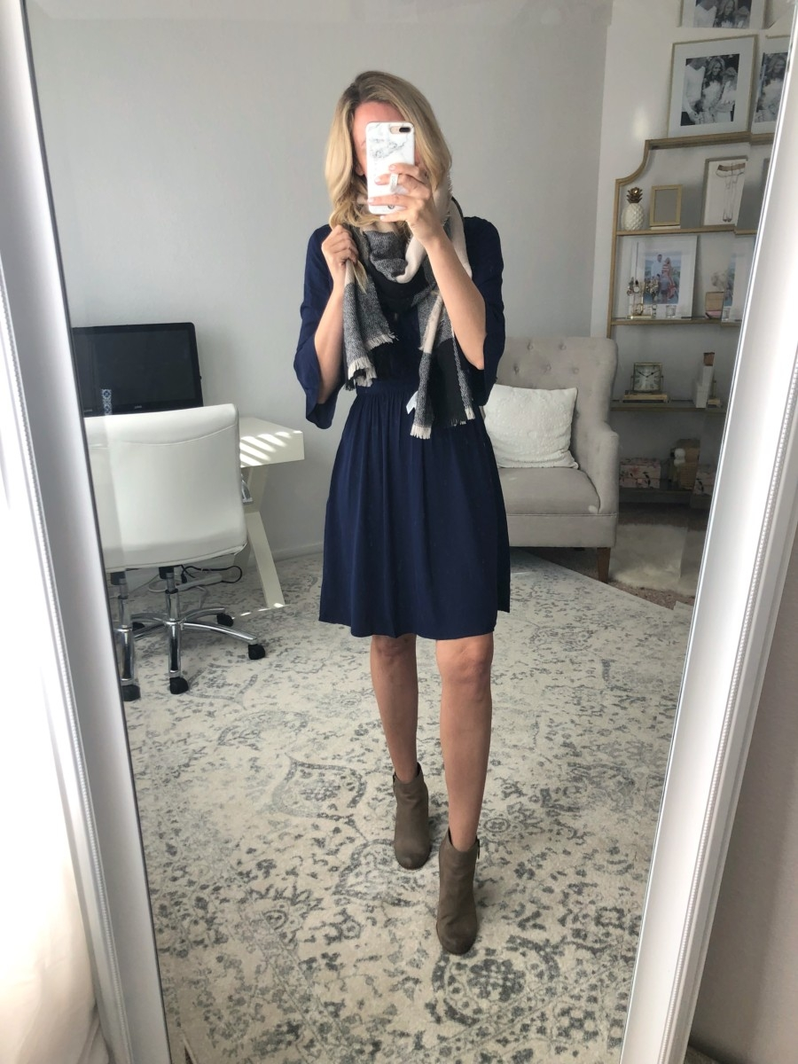 fall dress under $50 | Old Navy Fall Favorites Sale Round Up featured by top Houston fashion blog Haute & Humid