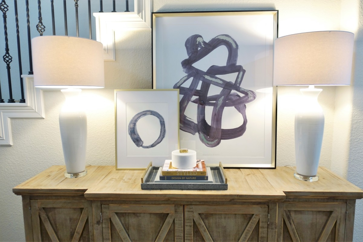 entryway decor   Living Room Makeover by popular Houston lifestyle blog, Haute and Humid: image of a remodeled entryway.