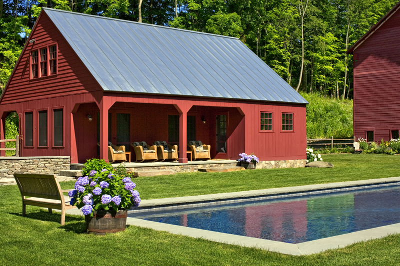 East Chatham – pool & guest house
