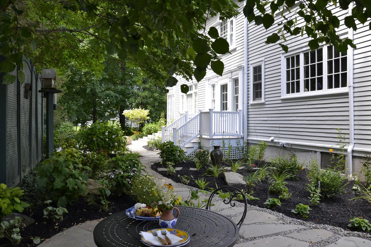 2_Williamstown in Town secret garden