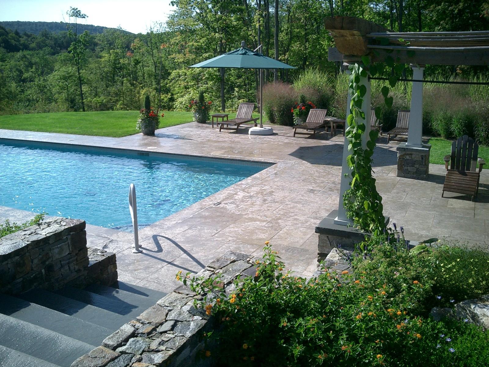 Alford pool & Amoruso Limestone terrace