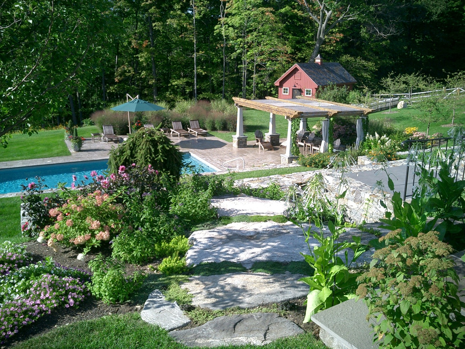 Alford terraced gardens & pergola