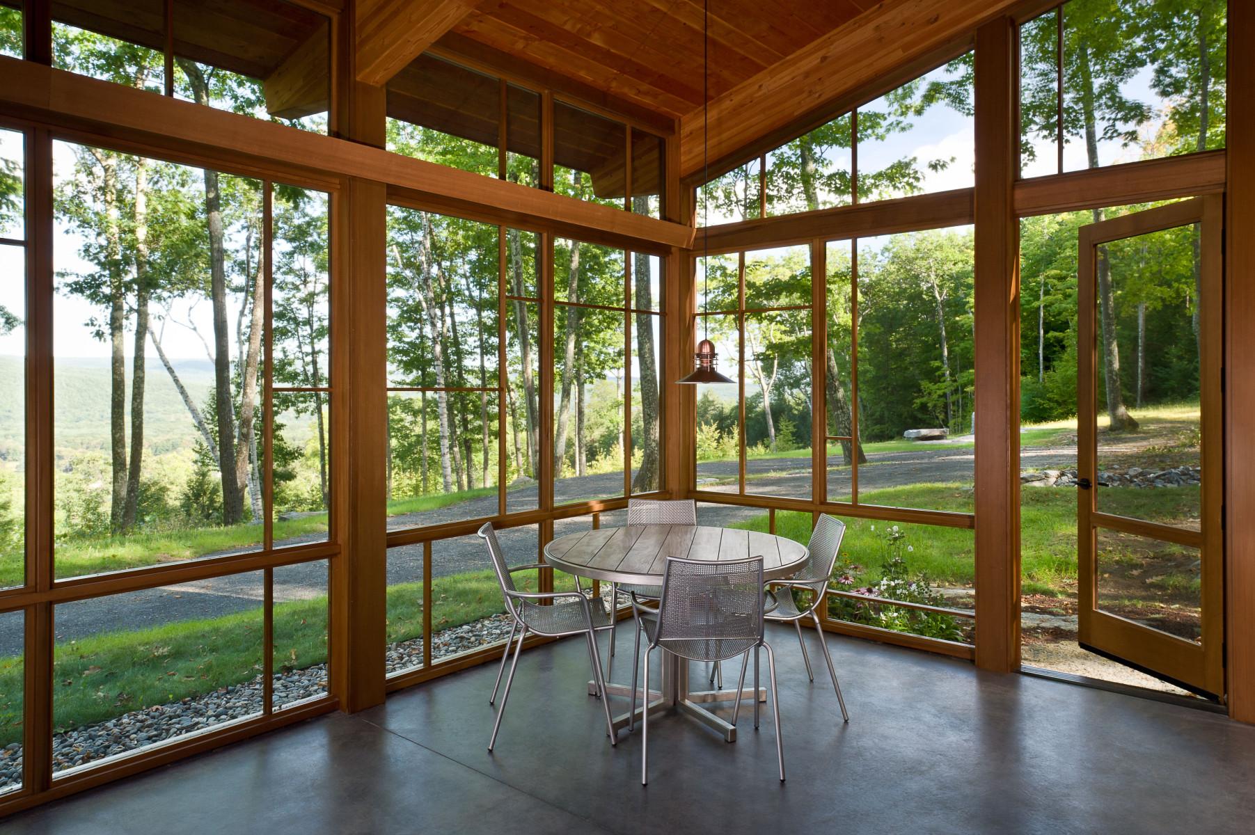 GB-modern-Cabin-SE-screen-porch
