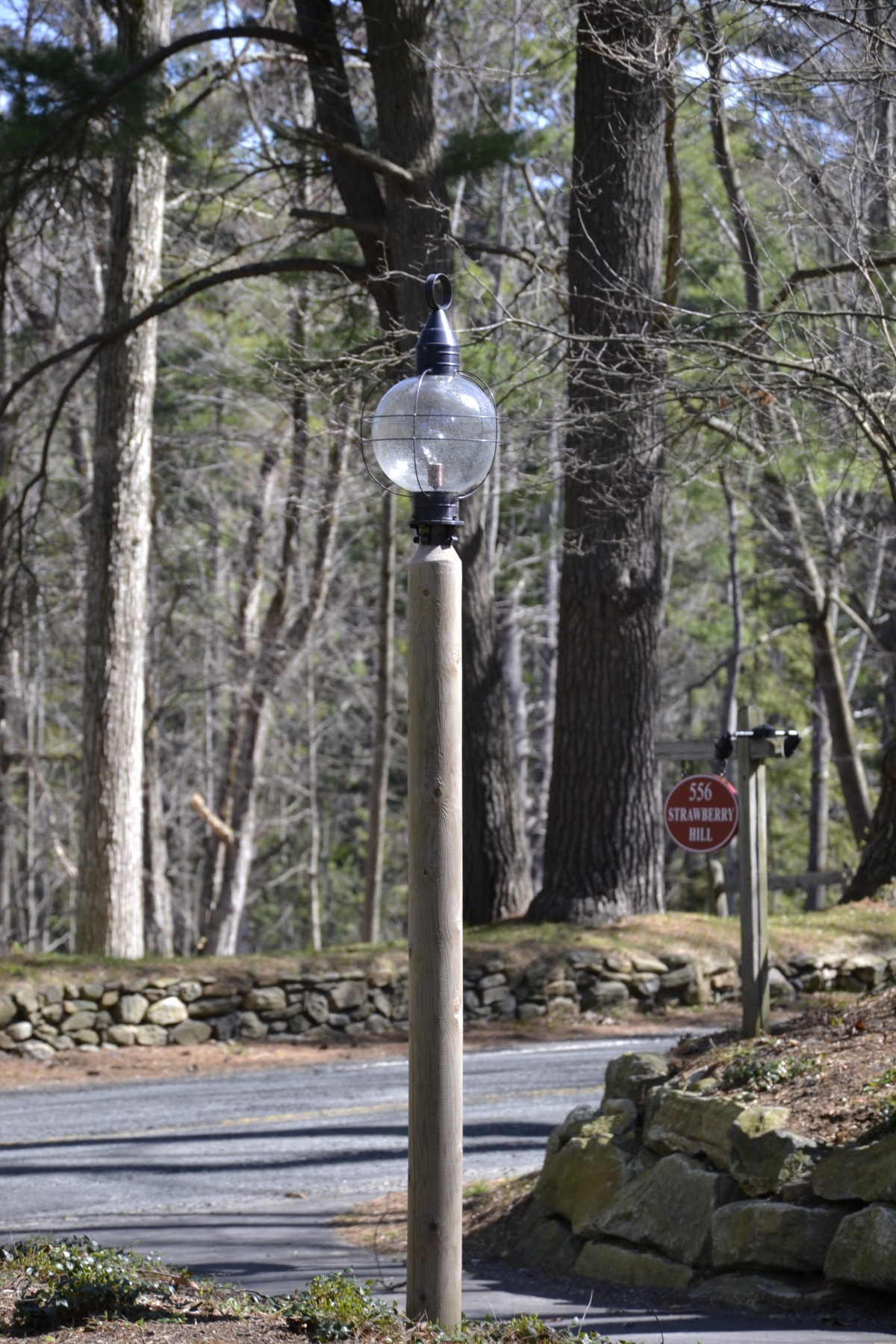 Monterey –  entry and lamp post
