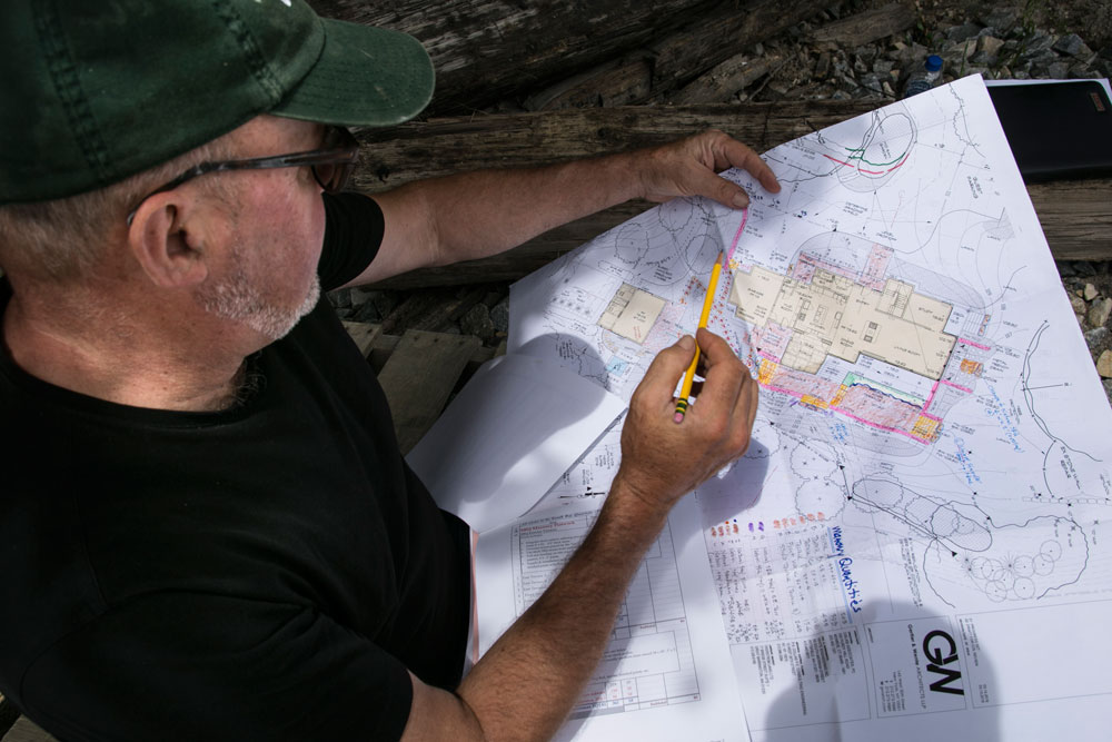 2018-Champlain-Stone_Fort-Ann-NY-South-Bay-Quartzite-quarry-individual-stone-selection-4
