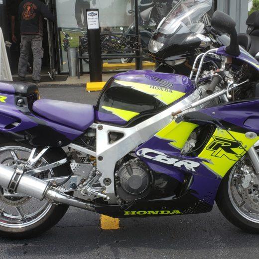 1995 Honda CBR900