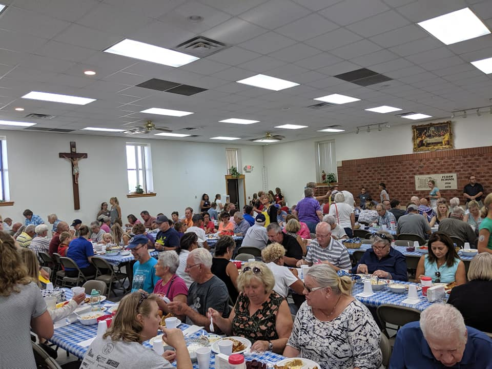 Fried chicken, fun bring big crowd to Flush Picnic once