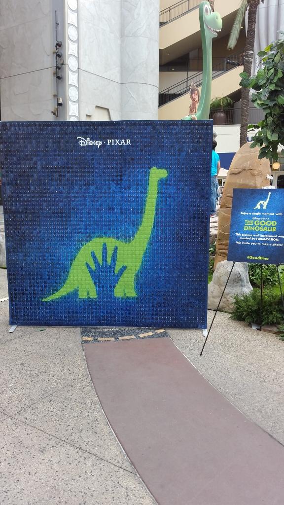 The Good Dinosaur Disney Pixar SolaRay Display 1 (576x1024).jpg