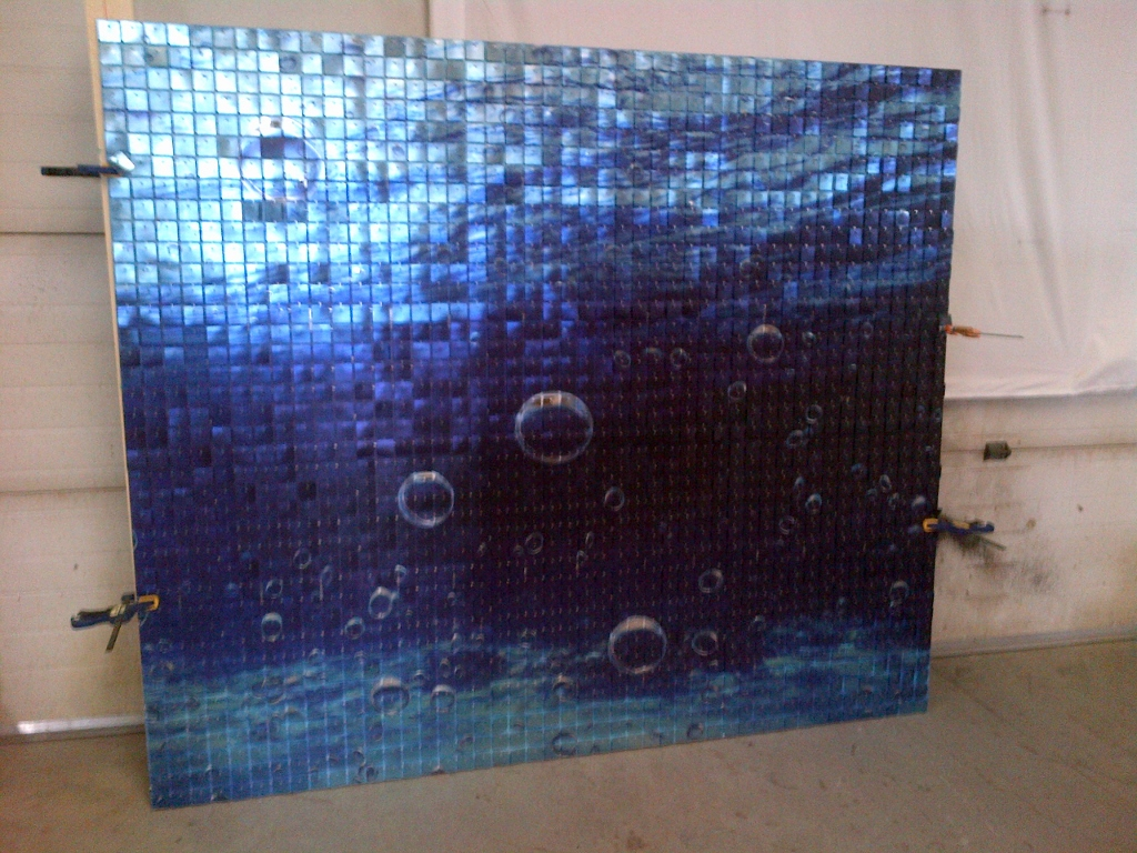 Tsukuro Bubbles SolaRay Display (1024x768).jpg