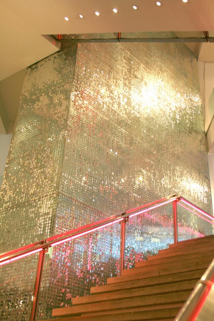 DKNY Madison 62 Stairs 1 (683x1024).jpg
