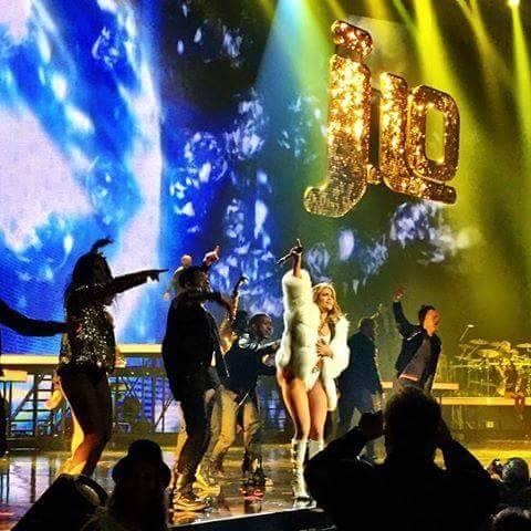 Jennifer Lopez 2014 New Year's SolaRay sign (1).jpg