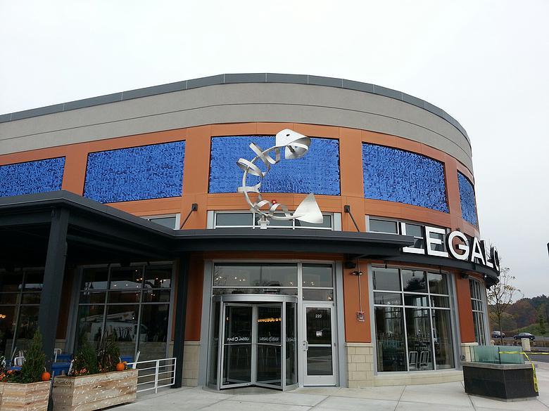 Legal C Bar Dark Blue SRP Signs SolaRay facade (780x585).jpg