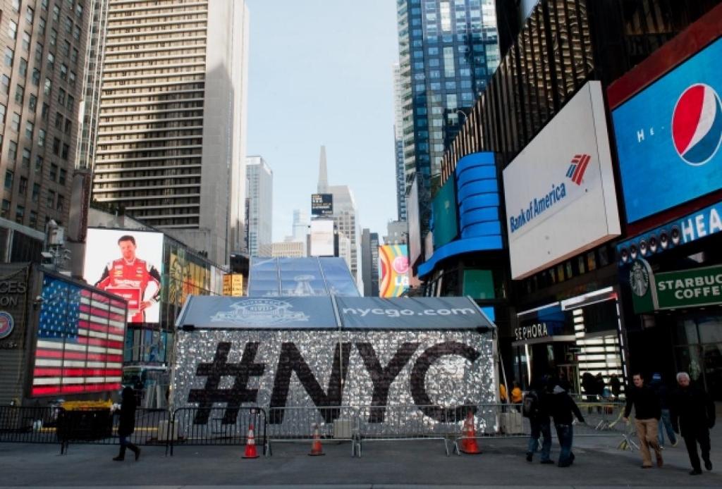 Super Bowl 48 #NYC SolaRay Sign 3 (1024x694).jpg