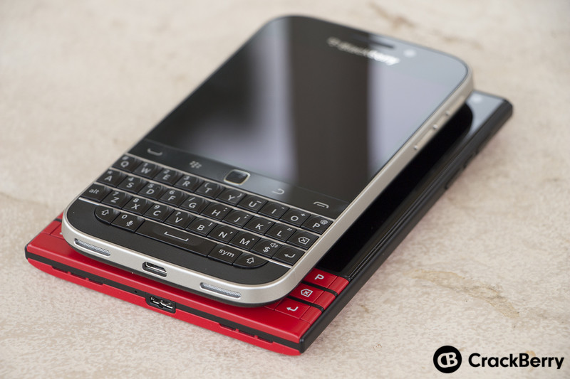 BlackBerry-Classic-BlackBerry-Passport-Devices-right