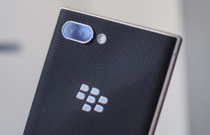 blackberry key2 specs and features