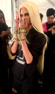 FW17 The Blonds - David Blond Backstage owed by fashionsdigest.com