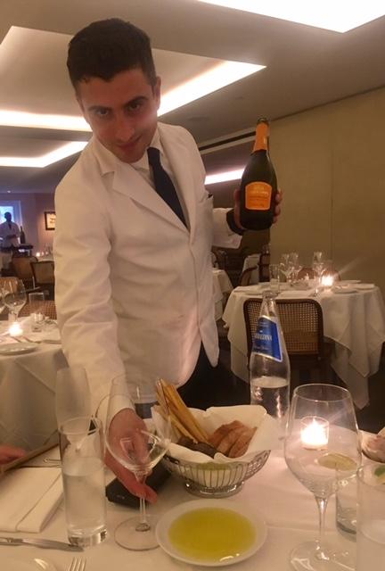 il gattopardo waiter
