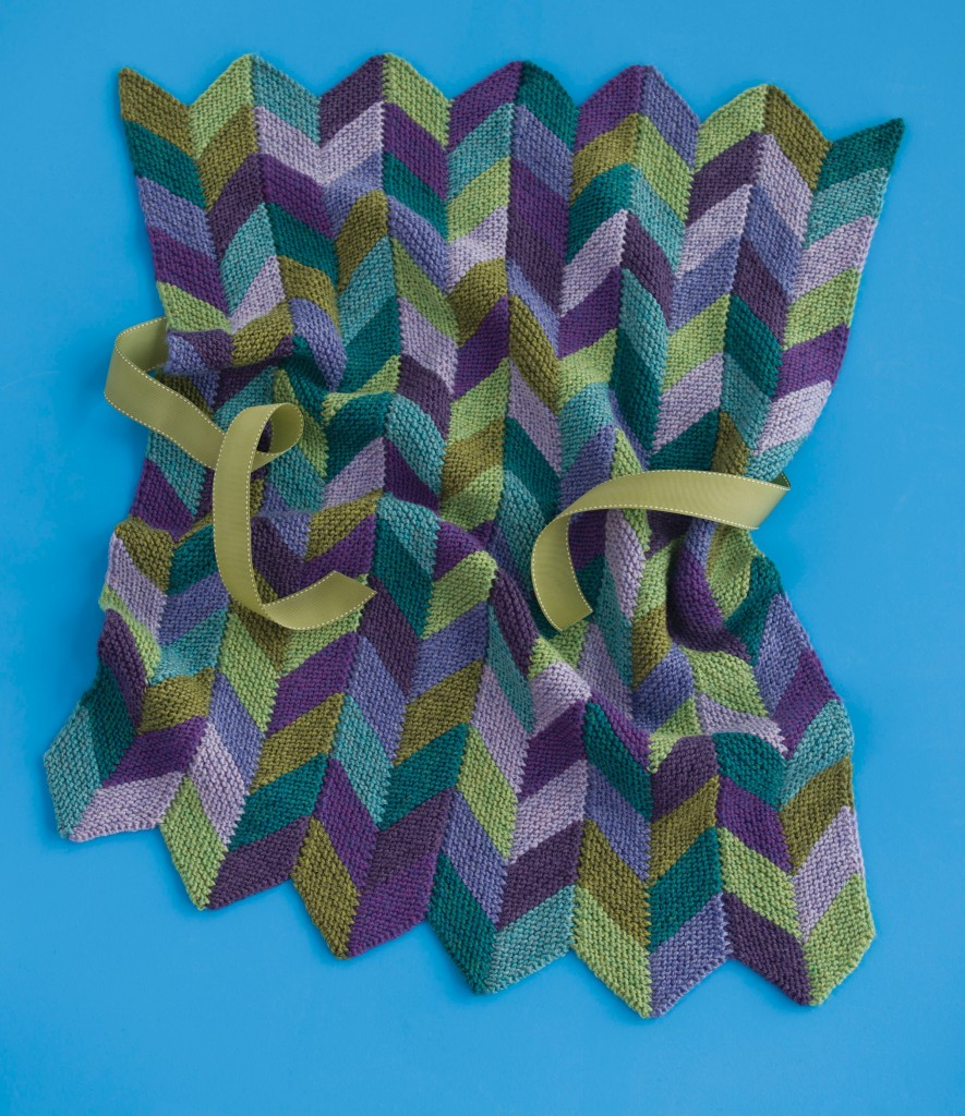 Zig and Zag baby blanket knitting pattern designed by Holli Yeoh | Published in 60 Quick Baby Blankets