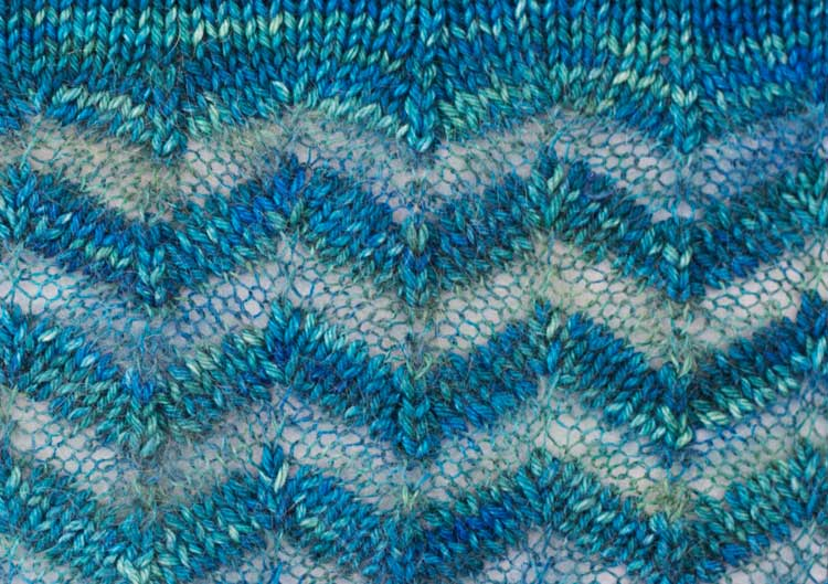 Detail of Eventide stitch pattern | pullover knitting pattern by Holli Yeoh