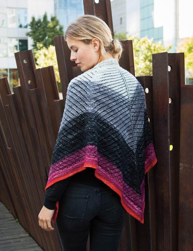 Gradience shawl knitting pattern by Holli Yeoh