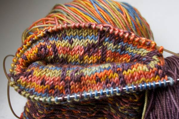 Two-Handed Two-Colour Knitting