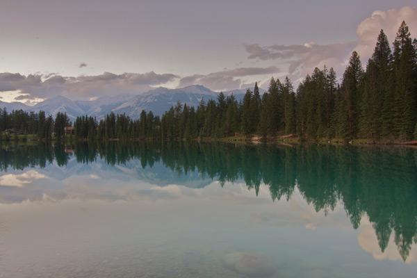Wordless Wednesday – Lac Beauvert at Jasper Park Lodge