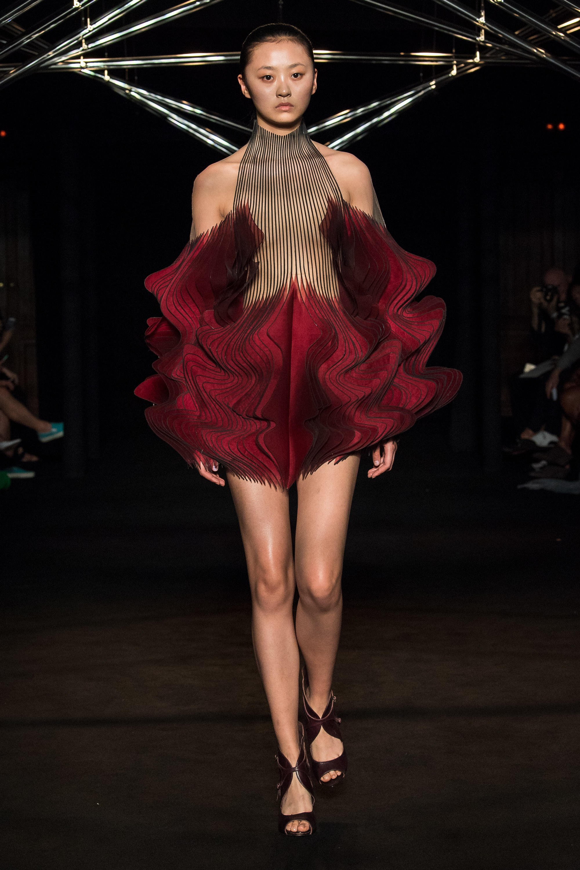 Couture: Iris van Herpen - Love & PR: Fashion Media X ...