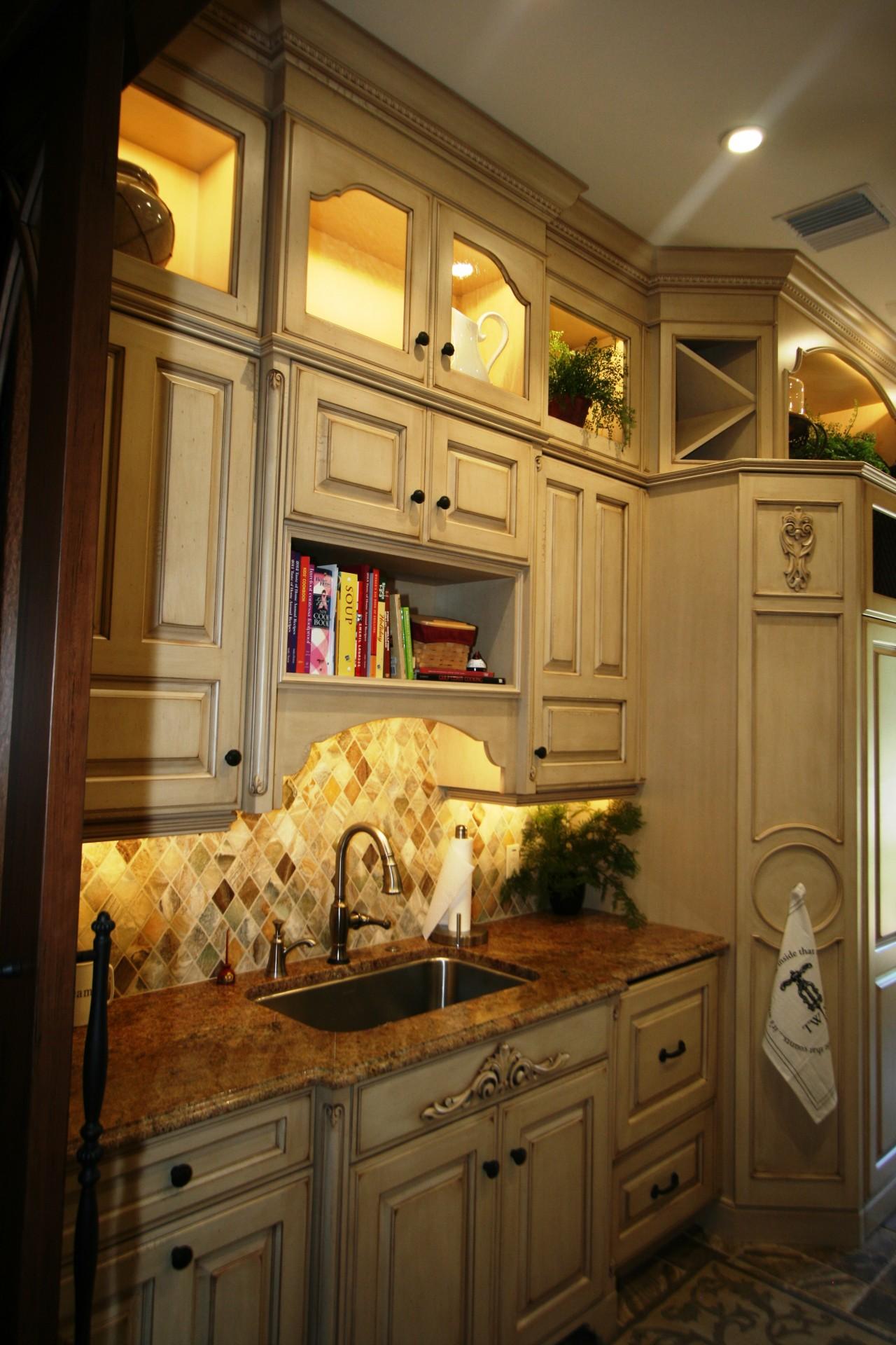 Damron Butlers pantry