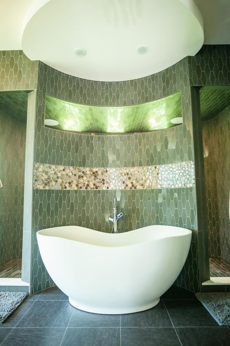 Master Bathroom - Chandra Home
