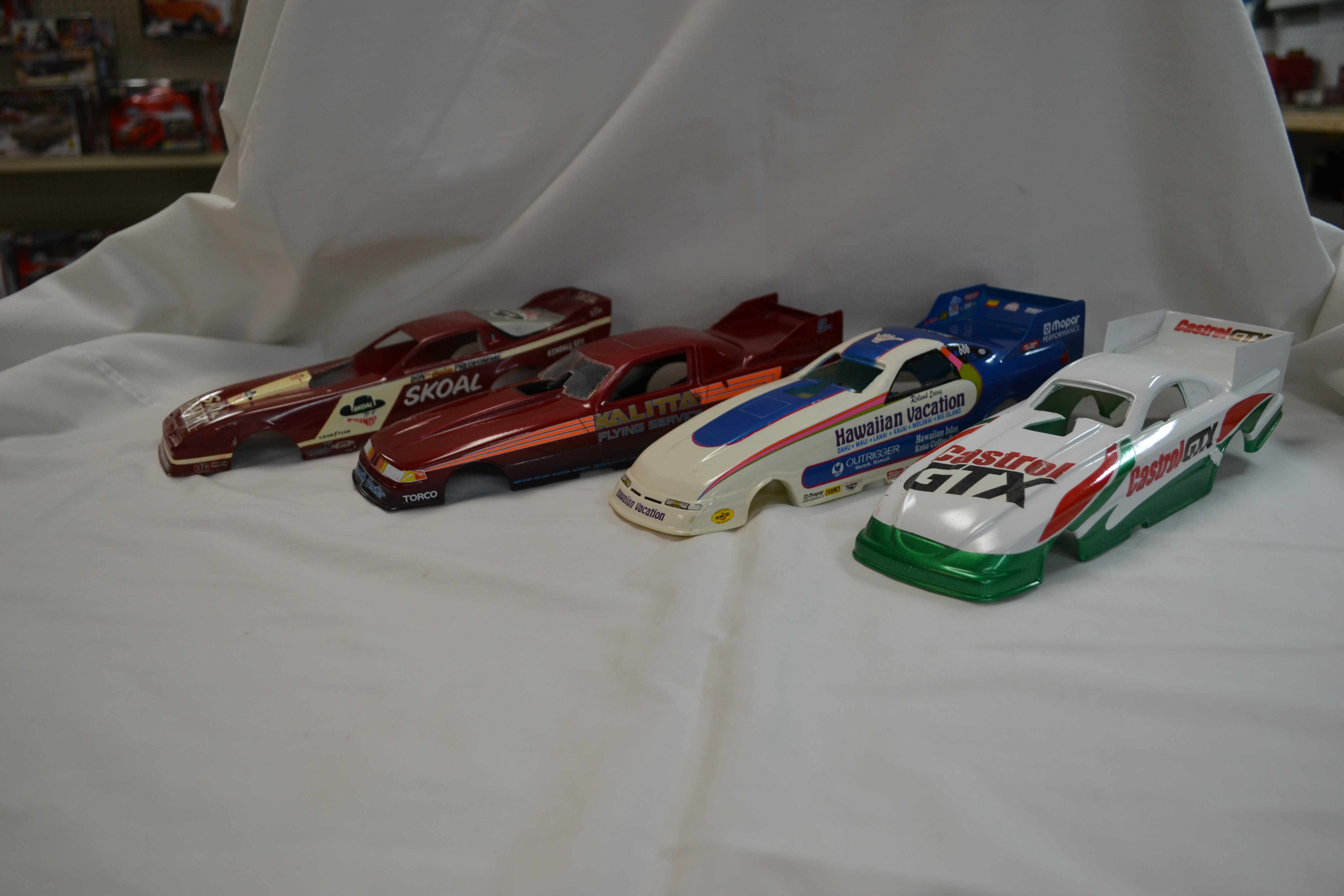 Resin & Plastic 1/25 scale Funny Car Bodies