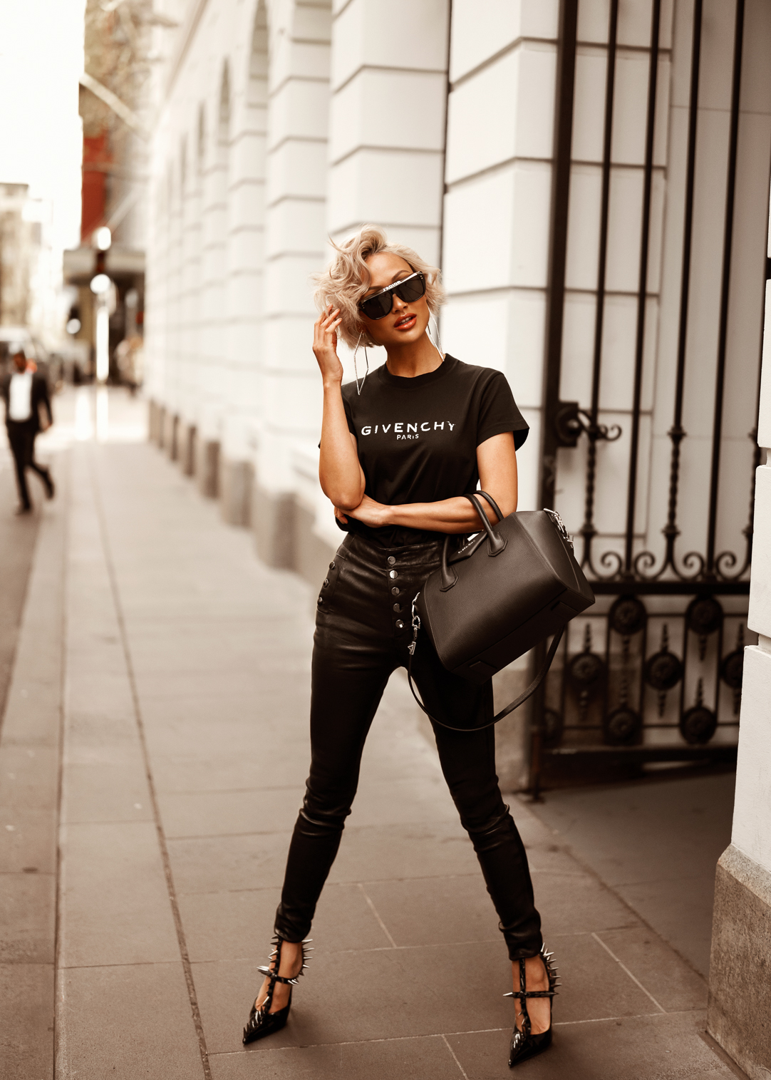 Micah-Gianneli-Australian-Melbourne-Fashion-Blogger-Influencer-Photography-Street-Style-Vogue-Editorial-Luisaviaroma-Givenchy-Antigona-Balenciaga-Dior-Luxury