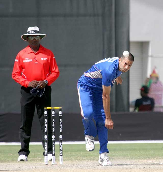 Usman Shuja bowling, usa player Usman Shuja bowling, usa cricketer Usman Shuja bowling