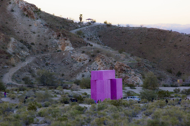 Desert X 2019: Dive In