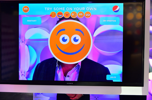 Pepsi Celebrates World Emoji Day With Interactive Pop Up