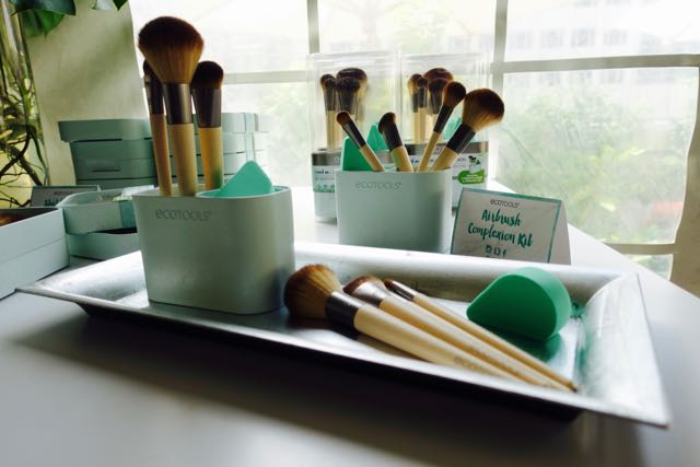 EcoTools Introduces A New Look & Capsule Collection For Holiday