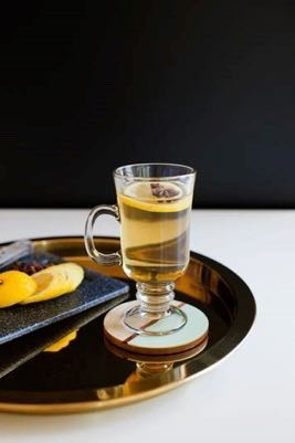 A Hot Toddy Is The Best Cocktail To Embrace The Colder Winter Weather