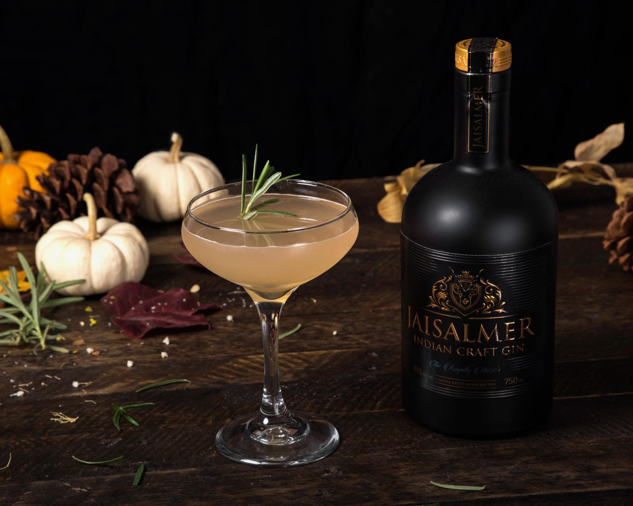 Host Guide: These Are The Best Holiday Cocktails To Put Cheer In Your Season